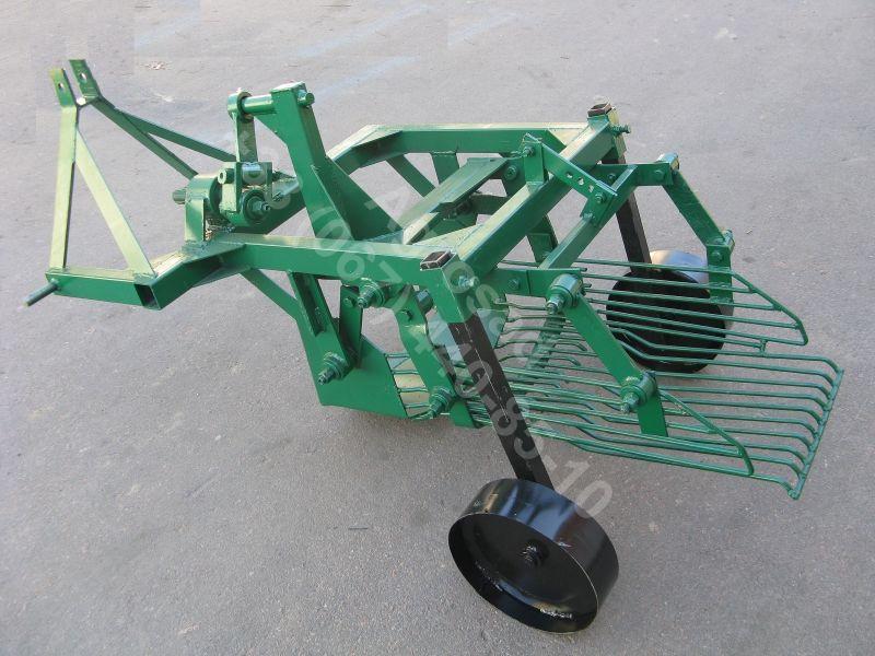 Картофелекопалка для трактора вибрационная КНВ-1